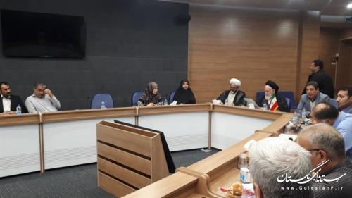 دوره آموزشی عمومی تفسیر آیات برگزیده قرآن کریم در حال برگزاری می باشد